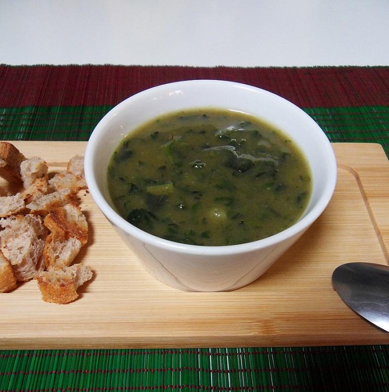 Zuppa di porri e patate alle ortiche